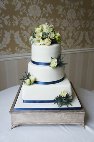East Close Hotel Blue ribbon wedding cake