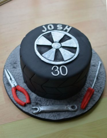 Astounding Birthday Cakes For Him Mens And Boys Birthday Cakes Coast Cakes Personalised Birthday Cards Bromeletsinfo