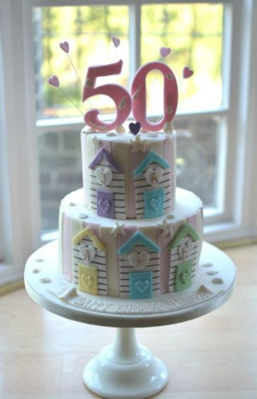 Beach hut birthday cake