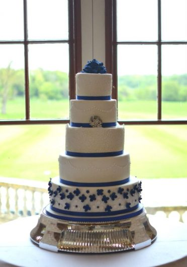 Royal blue & lace at Lulworth castle