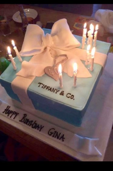 Tiffany cake in action :)