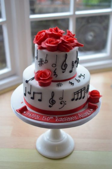 Musical notes cake
