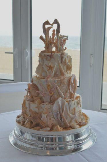 Seahorses wedding cake at Sandbanks Hotel.