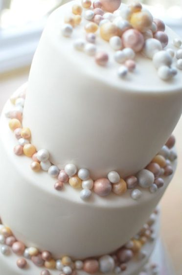 Close up of contemporary wedding cake