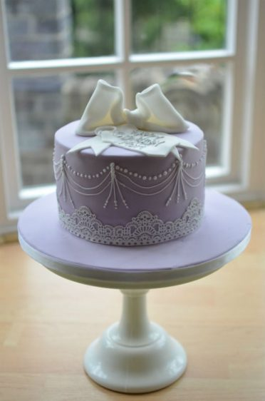 Lilac,pearl & lace bow birthday cake
