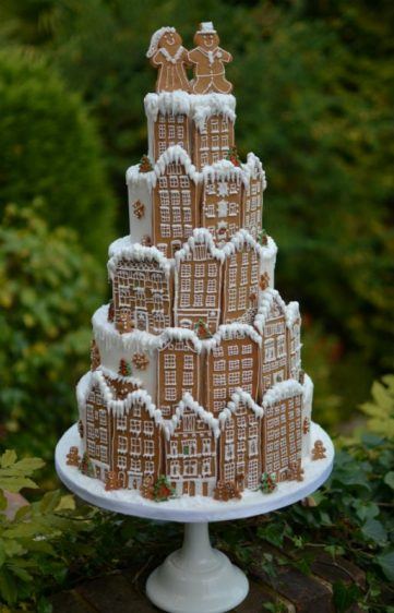 Christmas display cake for Lakeland store in Bournemouth