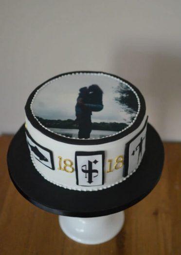 For the boyfriend birthday cake