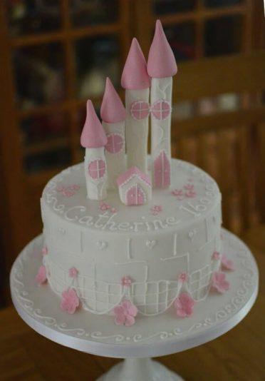 Single tier pink castle cake