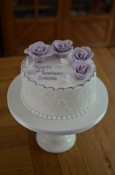 Lilac roses cake