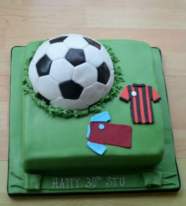 Football cake with shirts