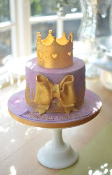 Gold crown princess cake