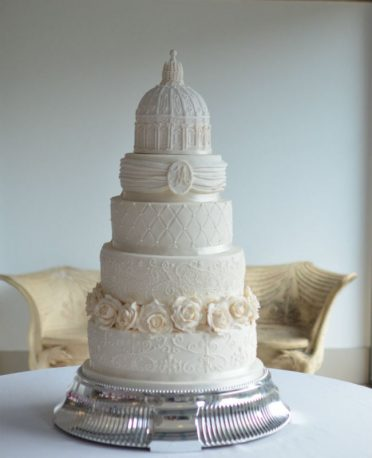 Elegant ivory wedding cake at The Italian Villa.