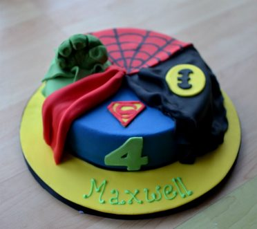 Single tier Super Heroes birthday cake