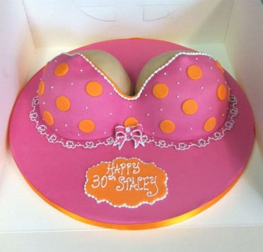 bikini-cake