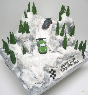 Porsche Ice driving in Norway cake