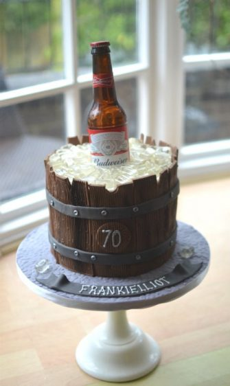 Pictures of 30th birthday cake ideas for guy