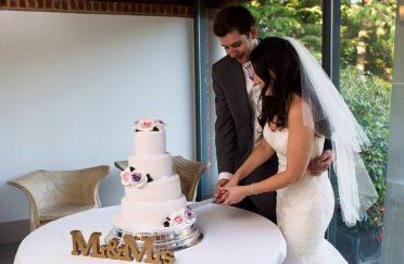 Bride & groom at Italian Villa