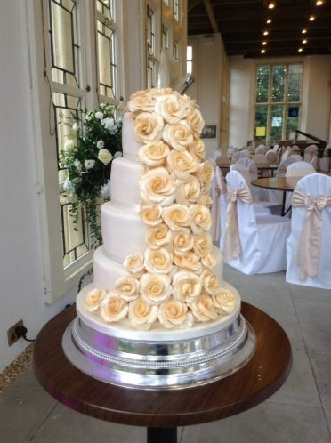 4 Tier Gold sugar roses at Highcliffe Castle