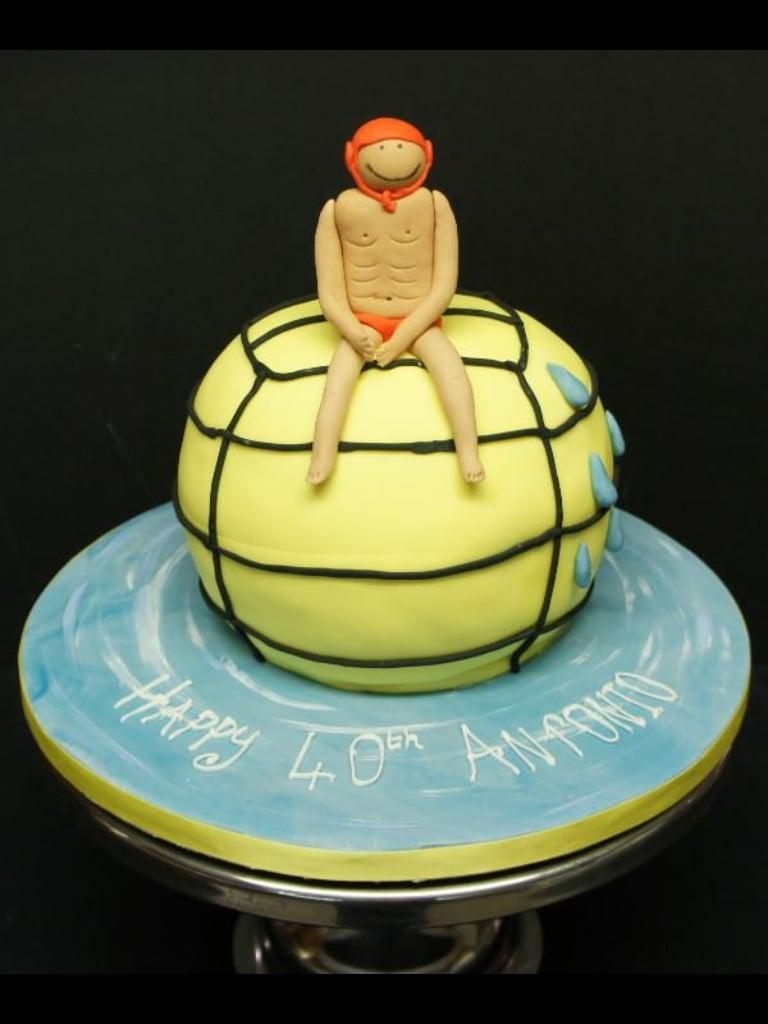 Water polo cake -