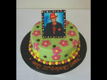 80s culture club cake