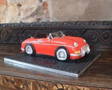 MG classic car cake