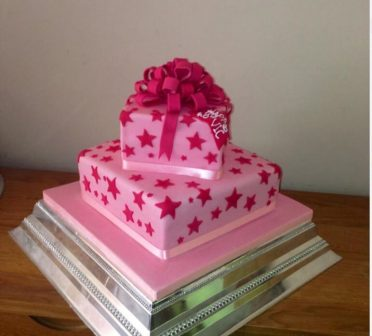 Pink parcel and bow cake
