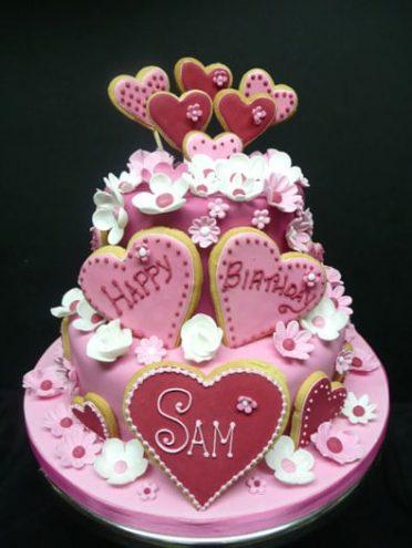 pink-love-heart-cake-2