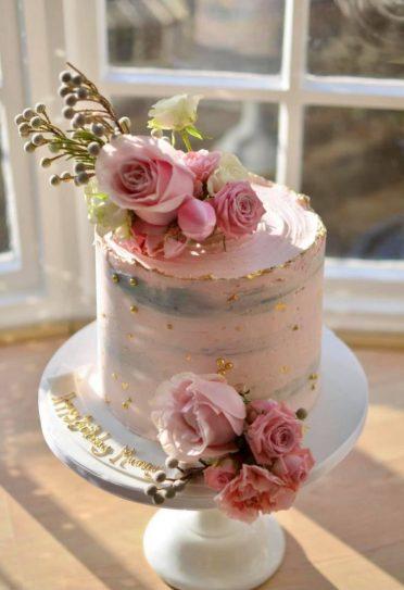Pink, gold & fresh flowers
