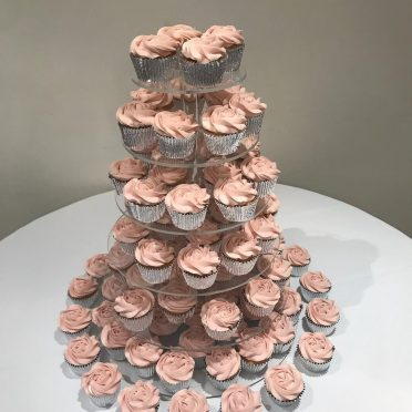 Dusky pink rose piped cupcakes at The Kings Hotel NYE