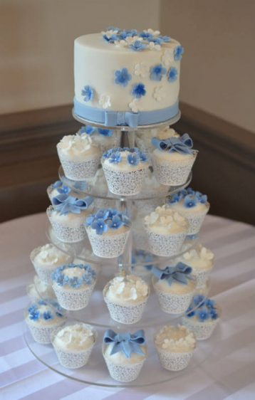 Pretty blue & white cupcakes at Cliff House Hotel
