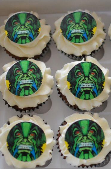 Marvel cupcakes to match Marvel cake