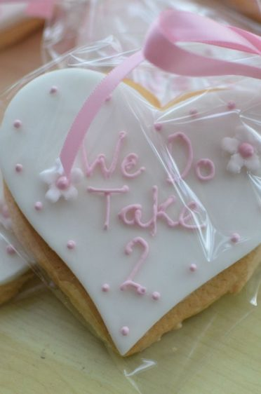 Cookie favours for a re-marriage