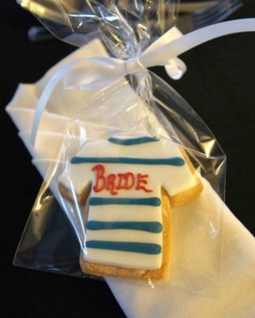 bride-shirt-cookie