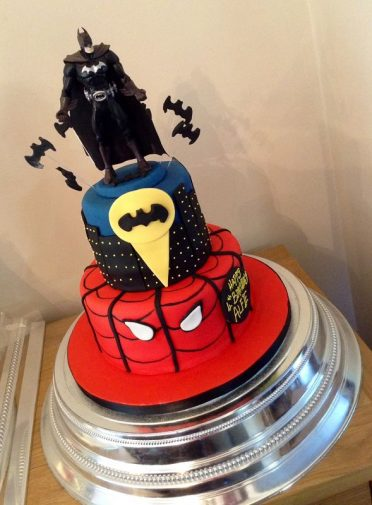 Super Heroes Batman Spiderman Cake