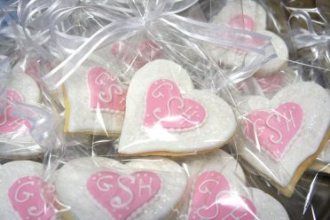 white-love-heart-cookie